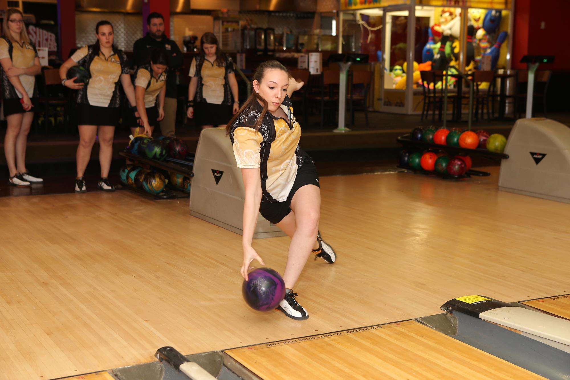 Bowling Ranked 15 In Ntca National Preseason Poll 3 In Division